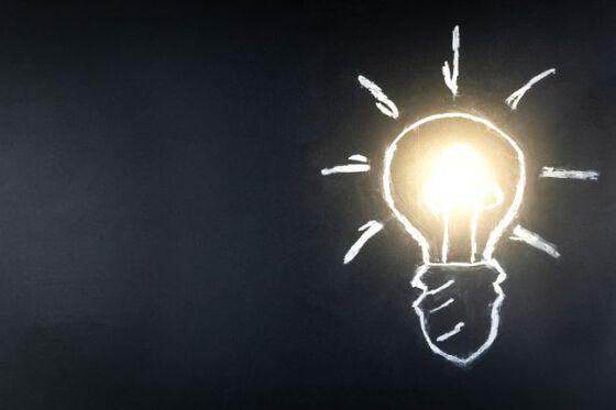 Bildet kan inneholde: belysning, glødelampe, elektrisitet, lys, lyspære.